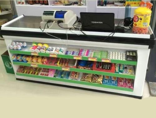 零食加盟店收银台怎么陈列好?
